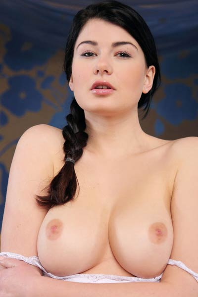 Lucy L Sweet Fingers