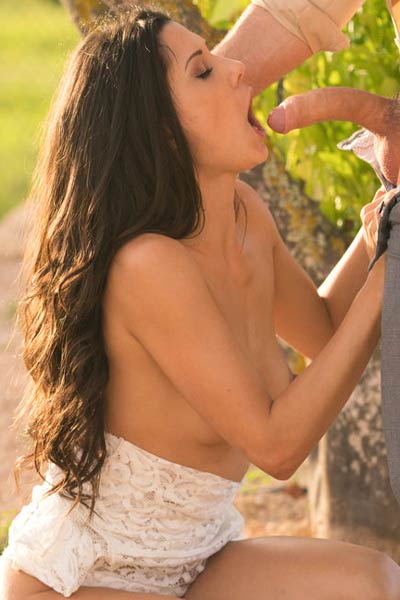 Seductive Alexa enjoys a little outdoor sex with her boyfriend