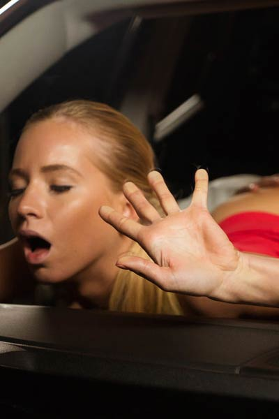 Kiara L having sex in a car
